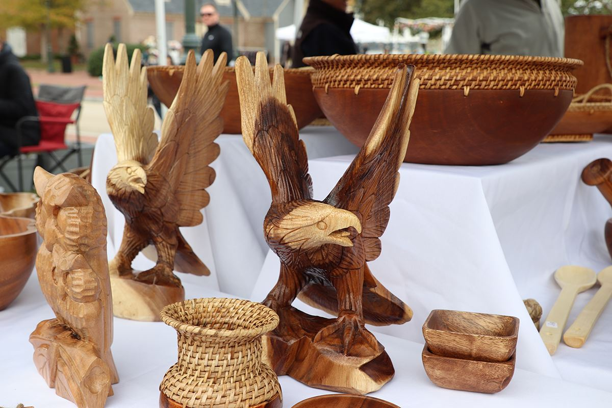 Wooden Eagles Art at Market Days