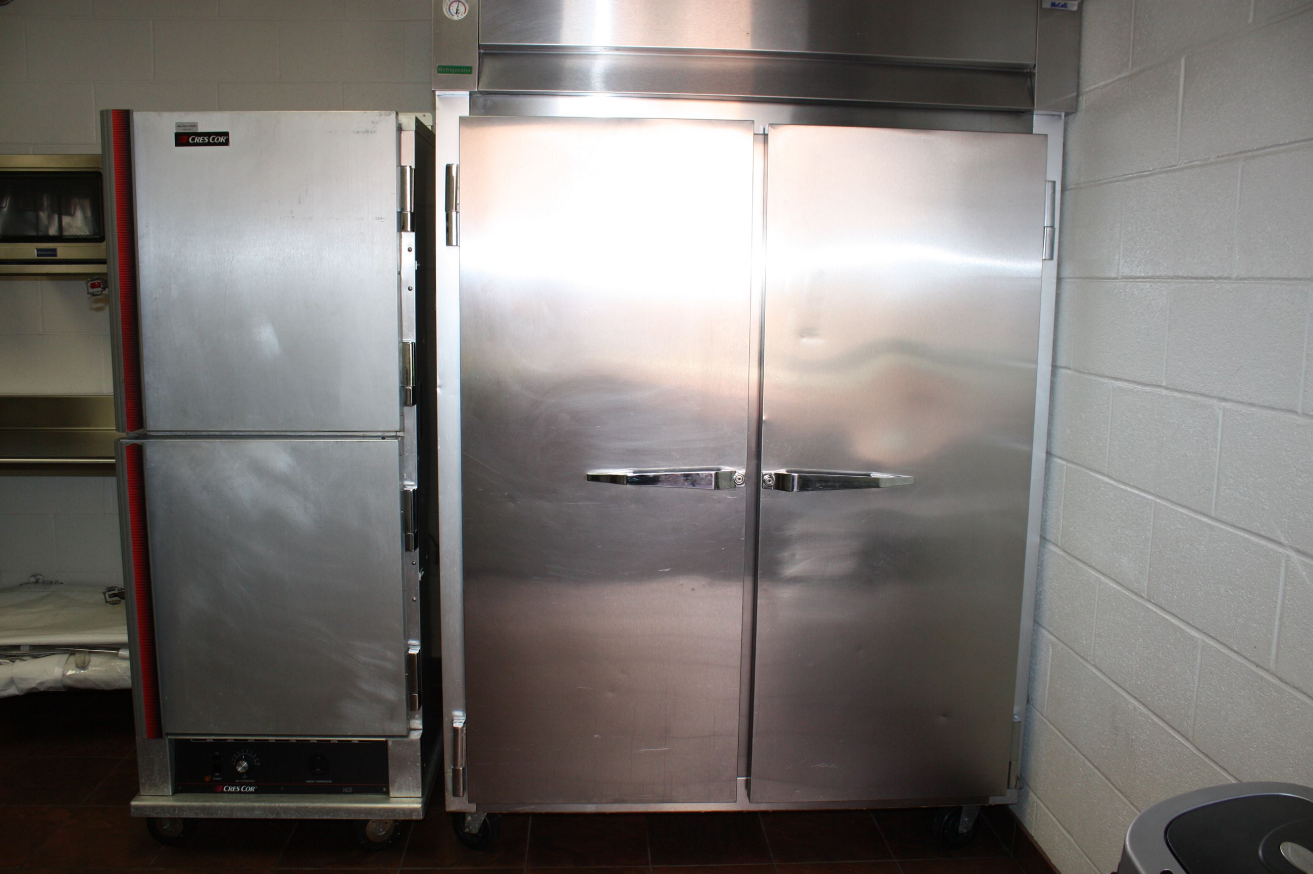 Refrigerator and Warming Cabinet