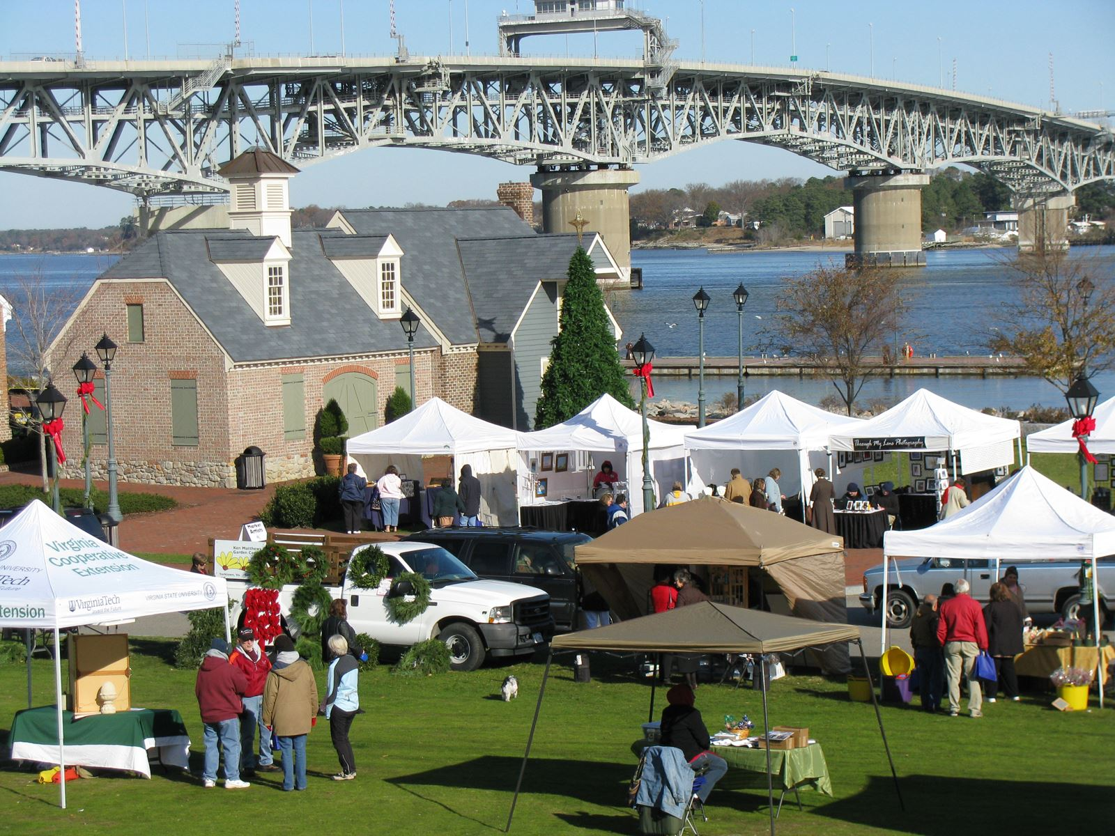 Market setup with York River in the background