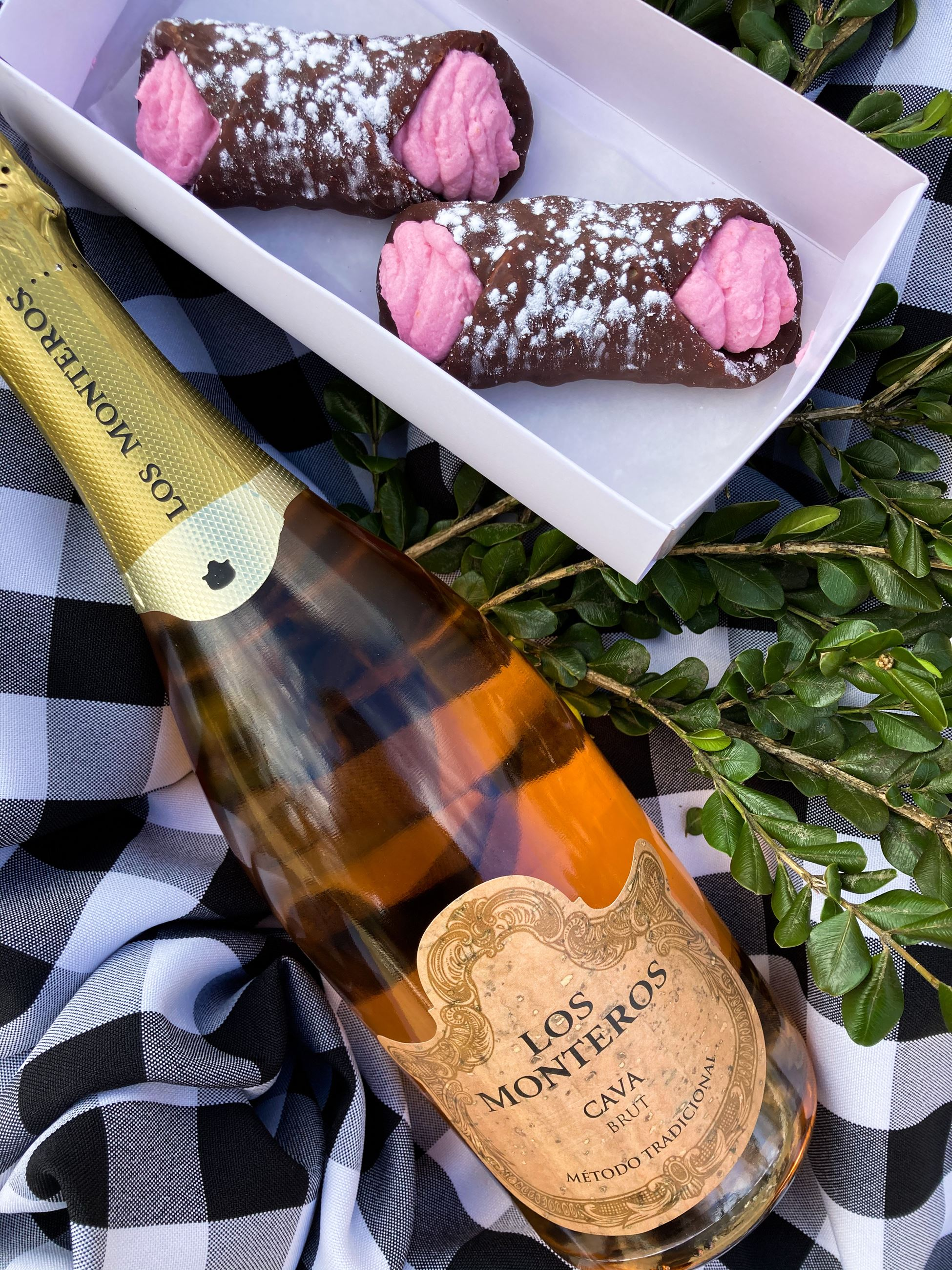 Champagne and Cannolis