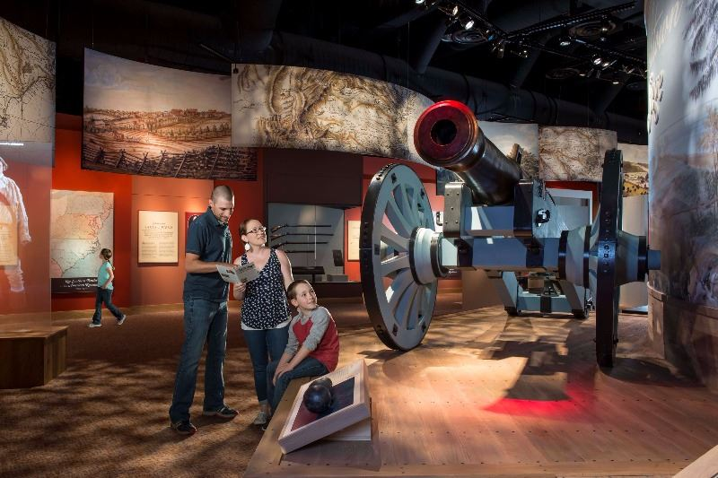 Am-Rev-Museum-at-Yorktown-Family-at-siege-cannon-Revolution-gallery